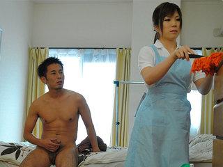 Hot house maid Nana Oshikiri gets a ultra-cute chisel