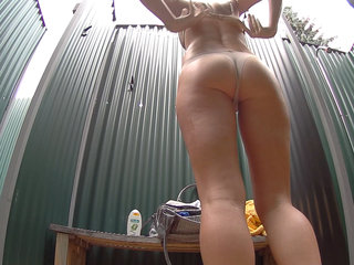 Czech Brunette Hidden Cam in Public Pool